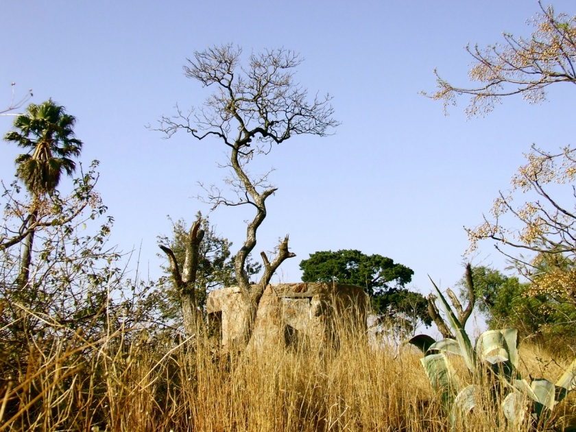 ruins of langeman's hotel atop langeman's kop, johannesburg