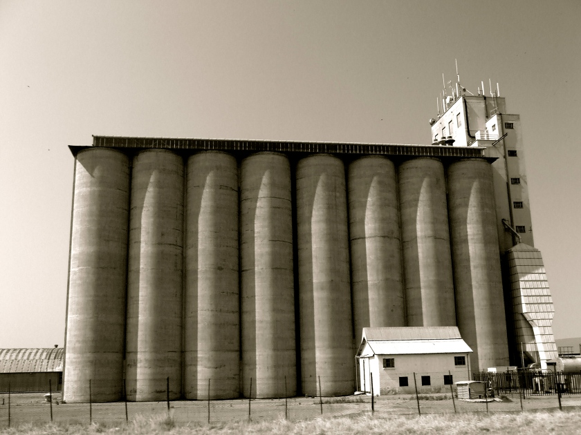 grain silo outside delareyville