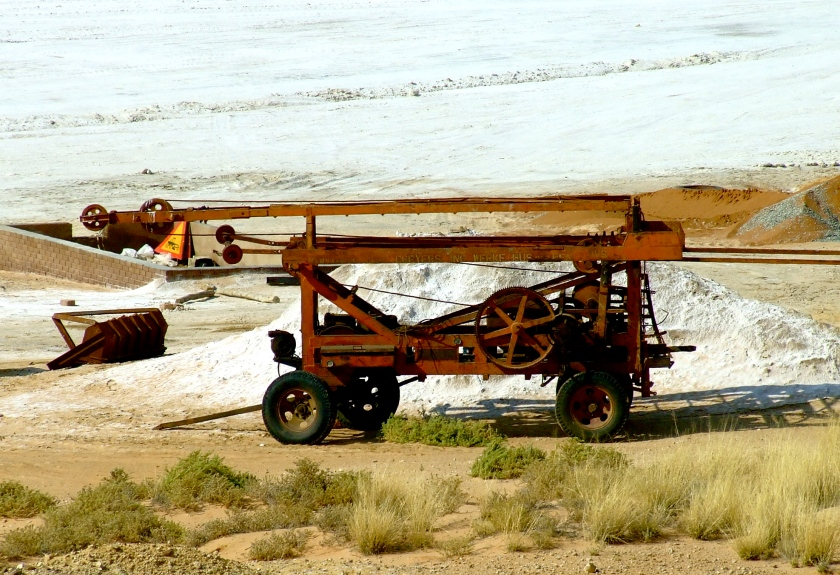 machinery used in salt mining in the kalahari